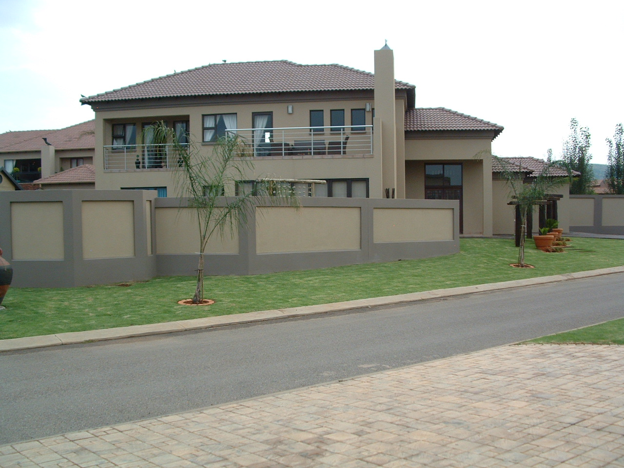 Modern house plans in gauteng modern house Houseplans com